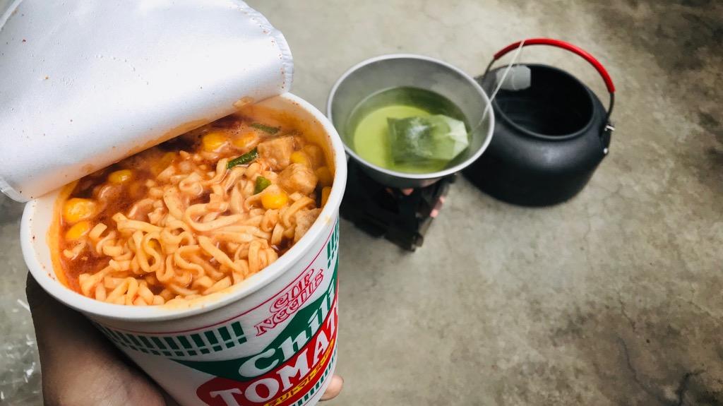 ベランピングにおすすめの料理・食べ物:カップラーメン