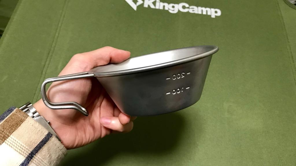 シェラカップとは金属製のカップのこと