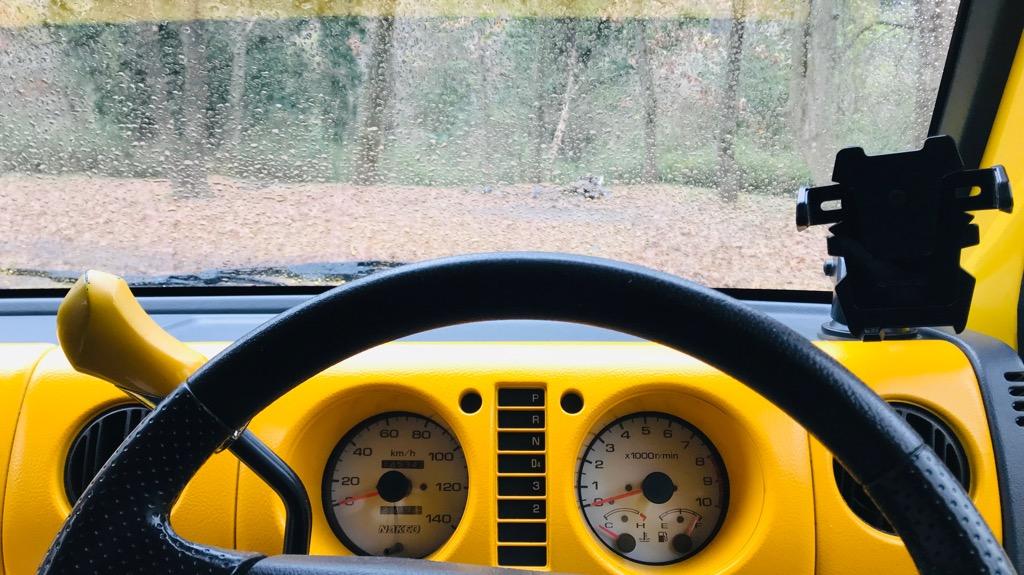 車中泊のメリット・良いところ:テントよりも安全性高め、野生動物にビビる必要なし