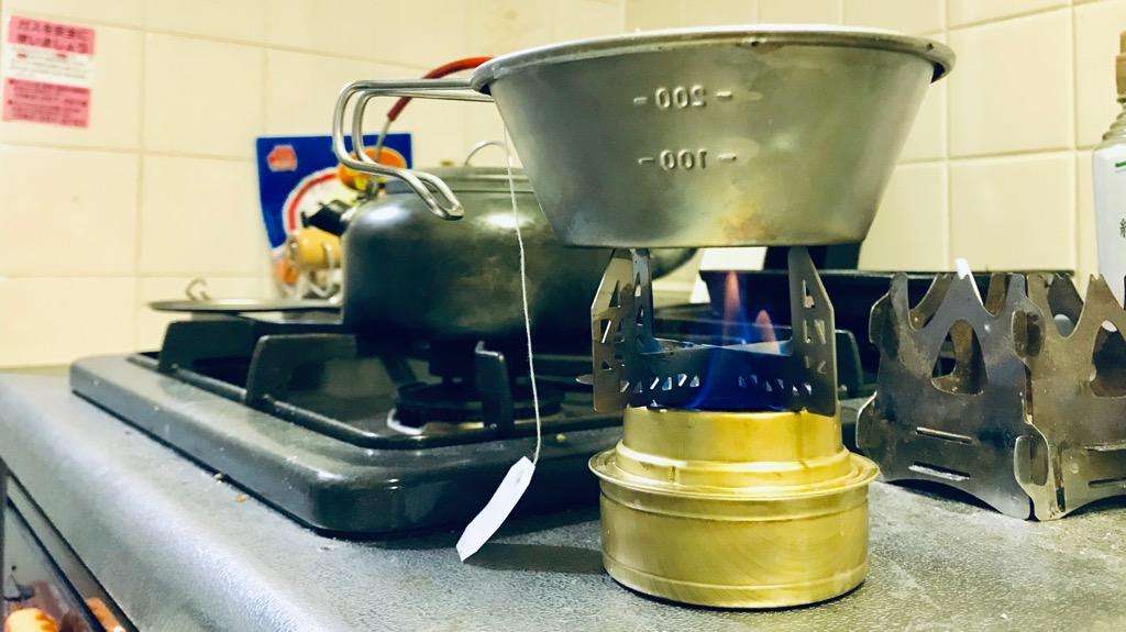 エバニューのチタンゴトク+シェラカップ
