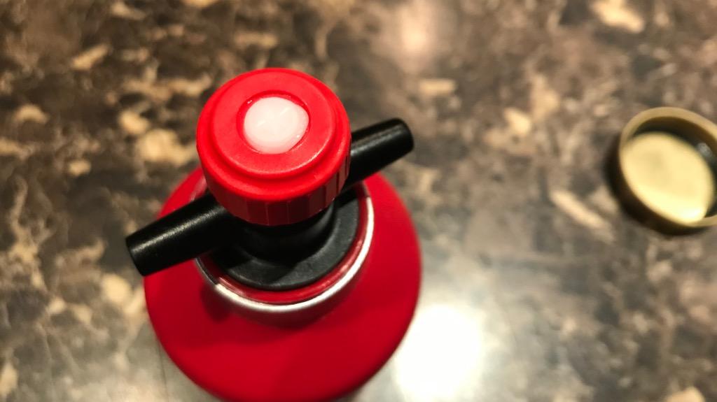 トランギア フューエルボトルのデメリット・悪いところ:蛇口の隙間からアルコールが漏れがち
