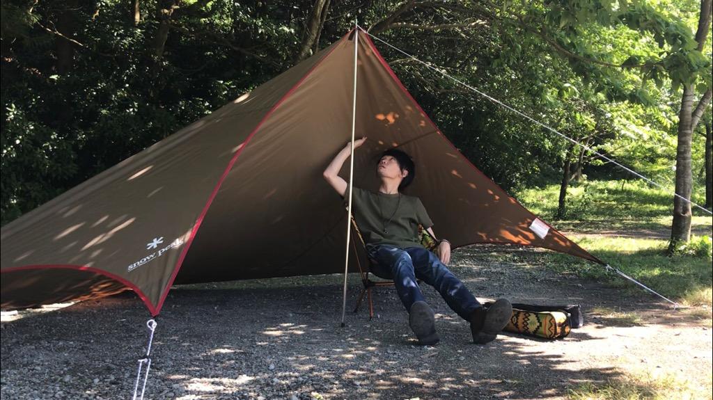 ソロキャンプにおすすめのキャンプギア①:スノーピーク ライトタープペンタシールド